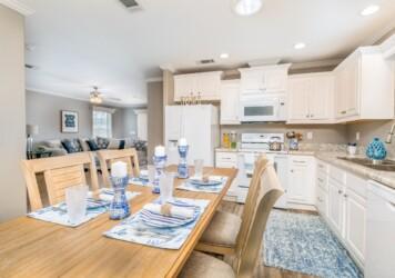 Oasis Dining Kitchen